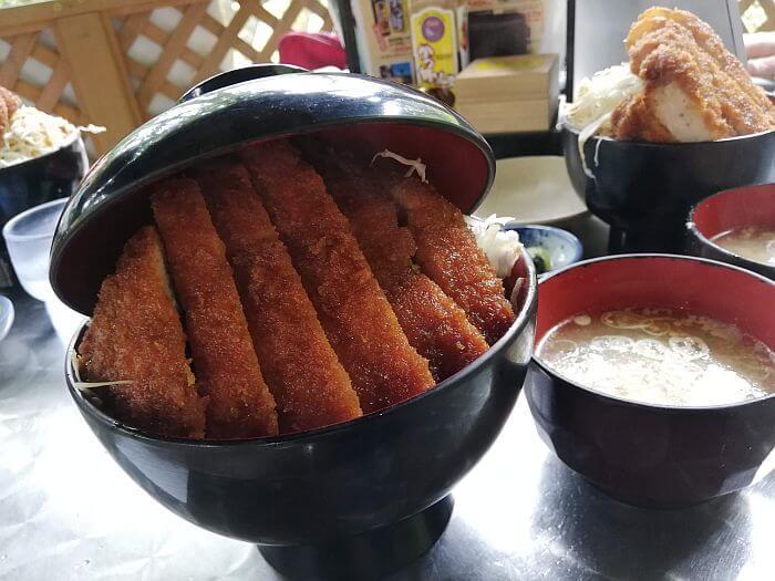 駒ヶ根明治亭のかつ丼