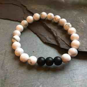 White Howlite and Matte Black Onyx Stone Bead Bracelet