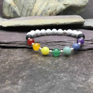 Howlite Chakra Healing Diffuser Bracelet