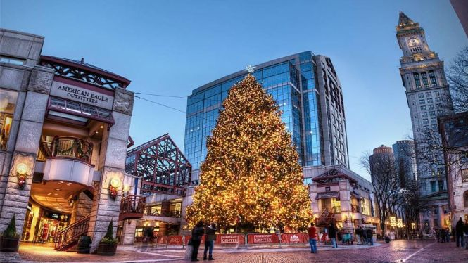 boston - TOP 10 BEST CHRISTMAS TOWNS AND CITIES TO VISIT BEFORE AND AT XMAS TIME