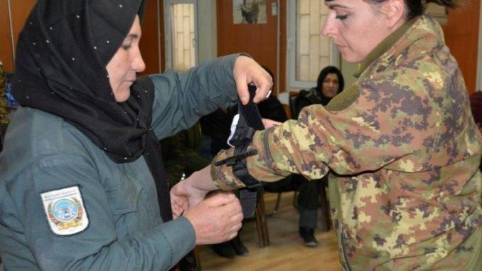 talian Soldier training Female ANP in first aid in Herat, Afghanistan (photo by Resolute Support HQs Dec 2016)