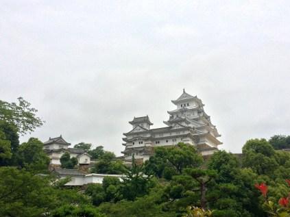 Der beeindruckende Bergfried der Burg