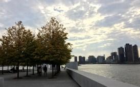 An der einen Spitze der Insel zieht der 'Four Freedoms Park' viele Besucher an