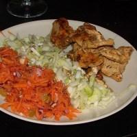 Le trio gagnant : salade de carottes râpées, salade d'endives, poulet Tikka