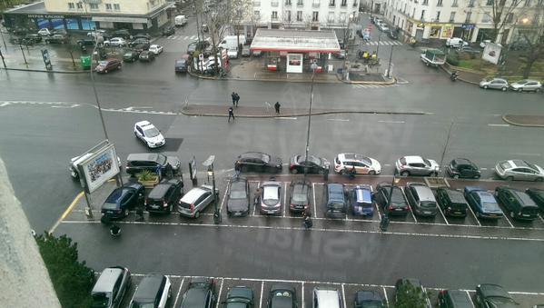 Πανικός στο Παρίσι, δύο νεκροί και πέντε όμηροι σε εβραϊκό παντοπωλείο