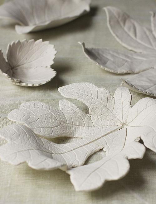 8 DIY Gift Ideas that are Stylish, Affordable and Easy! // So Fresh & So Chic for Allyn Lewis // www.allynlewis.com #diygifts #clay #leaftray #diygiftideas