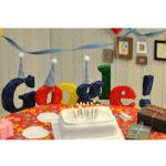 Google Doodle:Google 13歲生日,大喜日!