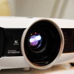 EPSON 3D 投影機 EH-TW6000 、 EH-TW8000 體驗報告