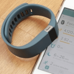 Fitbit Force 智慧型動動手錶,輕鬆記錄整天的活動及睡眠狀況