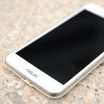 ASUS Padfone S:全頻 4G LTE 旗艦級手機 CP 之王,價格超殺,機身超硬!