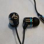 Avier 不鏽鋼金屬入耳式全音域耳機