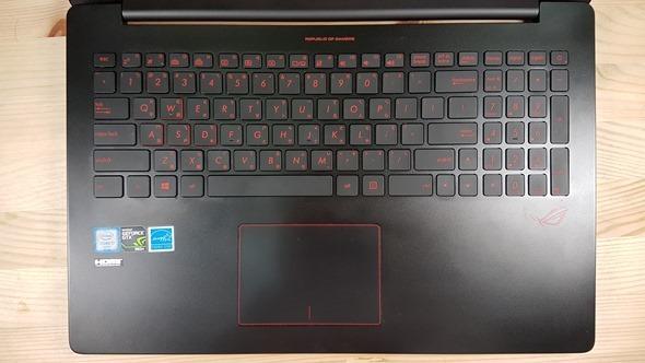 [開箱] 輕薄、效能兼具 最輕薄的電競筆電 ROG G501 開箱評測 20160324_154015