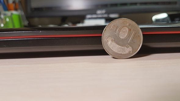 [開箱] 輕薄、效能兼具 最輕薄的電競筆電 ROG G501 開箱評測 20160328_035350