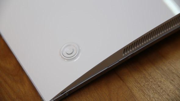 電腦螢幕也有劇院級的影音享受,Samsung C27F591FDE 曲面顯示器評測 image011