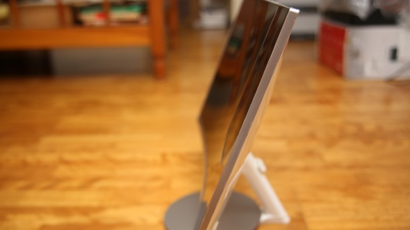 電腦螢幕也有劇院級的影音享受,Samsung C27F591FDE 曲面顯示器評測 image021