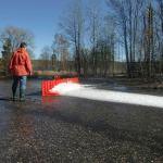 桃機該買?瑞典 NOAQ BOXWALL 活動防洪板強調容易組裝且能承受 50 公分洪水
