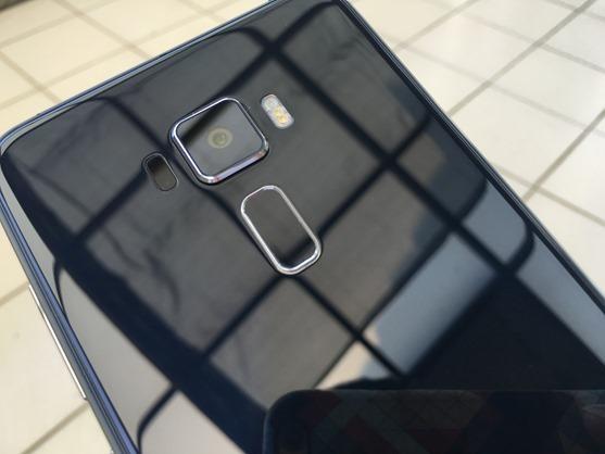 評測/ZenFone 3(ZE552KL) 手機質感、鏡頭、音效好到令人難以置信 IMG_3963