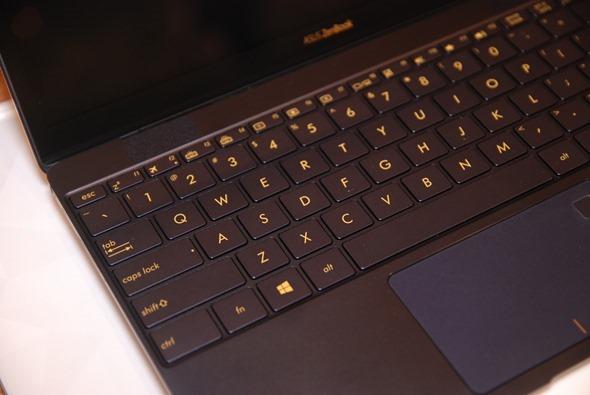 輕薄筆電也有高效能,ASUS ZenBook 3 UX390 僅910克重挑戰你對輕薄筆電的刻板印象 DSC_0001
