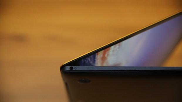 極度輕薄!ASUS ZenBook 3 UX390UA(皇家藍)開箱評測 IMG_5746