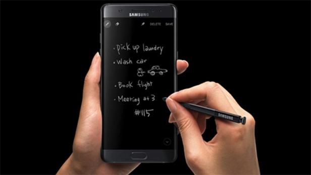 三星高層透漏將推出 Galaxy Note 8,首重更好、更安全與更多創新設計 samsung-galaxy-note-11