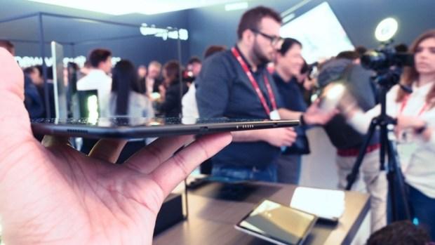 三星發表 Galaxy Tab S3 及 Galaxy Book 2合1平板電腦,S Pen 更好用 P2270602