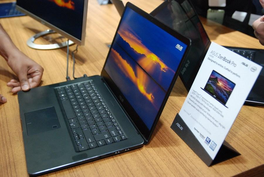 華碩 2017 新品筆電、手機大量公開!高效輕薄超亮眼 DSC_0162-900x602