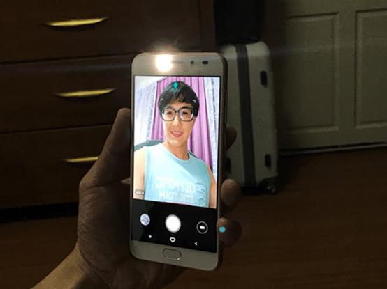 鑲嵌耀眼施華洛世奇寶石的 SUGAR S9 糖果手機開箱,6400萬超高解析度與美顏錄影讓人愛不釋手 image-35