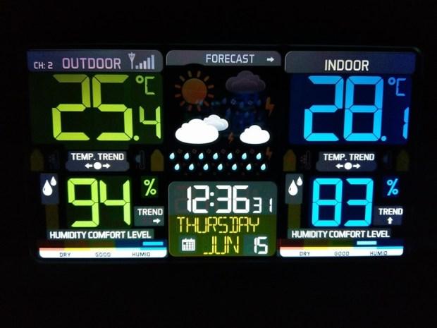 好市多3C:LA CROSSE 無線彩色電子氣象偵測計,具室內外溫溼度監測/預測、天氣預測與日曆報時功能,居家必備超好用! 19095427_10210772768449392_4613820373376555216_o