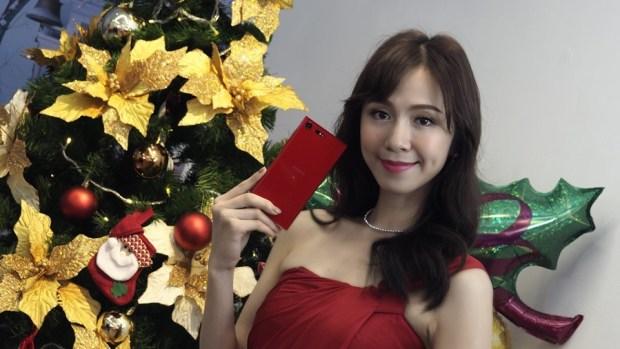 Sony Xperia XZ Premium 推出超亮眼新色「鏡紅」,搶搭今年秋冬時尚精品手機! A251880