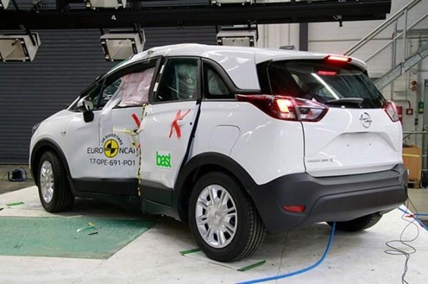 Euro NCAP 2017年度各級距最佳安全車款,你的車有上榜嗎?! opel_crossland_x_2017_%E7%AB%8B%E6%9F%B1%E5%81%B4%E6%92%9E