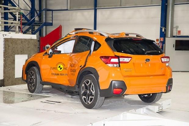 Euro NCAP 2017年度各級距最佳安全車款,你的車有上榜嗎?! subaru_xv_2017%E7%AB%8B%E6%9F%B1%E5%81%B4%E6%92%9E