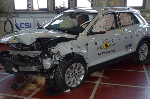 Euro NCAP 2017年度各級距最佳安全車款,你的車有上榜嗎?! vw_t_roc_2017_SmallLap