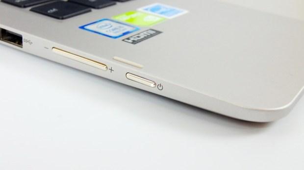 13 小時超長續航!ASUS ZenBook Flip 14 360° 翻轉筆電 評測 (UX461) DSC7683