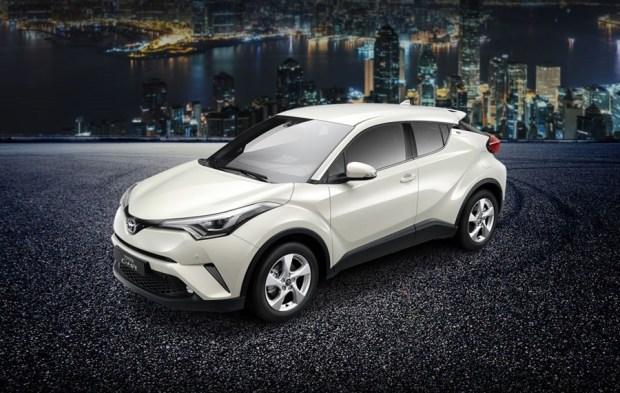 不會買車我教你,買車一點都不難!(Lesson 1 選擇車型) Toyota_CHR