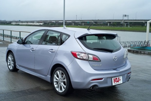 2019 年式美規 Toyota Corolla 掀背車亮相 Mazda3_2