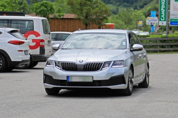 Skoda Octavia 外觀沒什麼變的小改款,預計 2020 年上市 2020-skoda-octavia-chassis-testing-mule-spied-for-the-first-time-is-a-lowered-r_2
