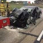 美國 Tesla 車禍再傳一起,駕駛開 Autopilot 時看手機  Model S 直接撞上消防車