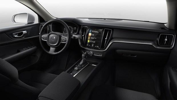 全新第三代 Volvo S60 正式發表,只有汽油與油電混合動力選項 %E5%85%A7%E8%A3%9D
