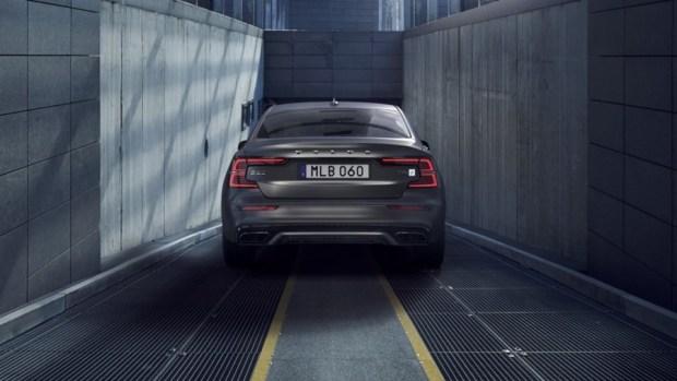 全新第三代 Volvo S60 正式發表,只有汽油與油電混合動力選項 230818-new-volvo-s60-polestar-engineered-exterior-1