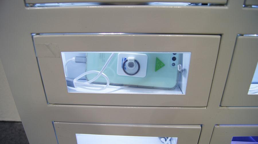 InforCharge 廣告機讓你出門在外免費充電 DSC0089
