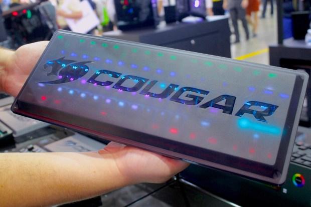 兼具工藝設計的德國 COUGAR 機械式極速銀軸電競鍵盤 IMG_0873-900x600