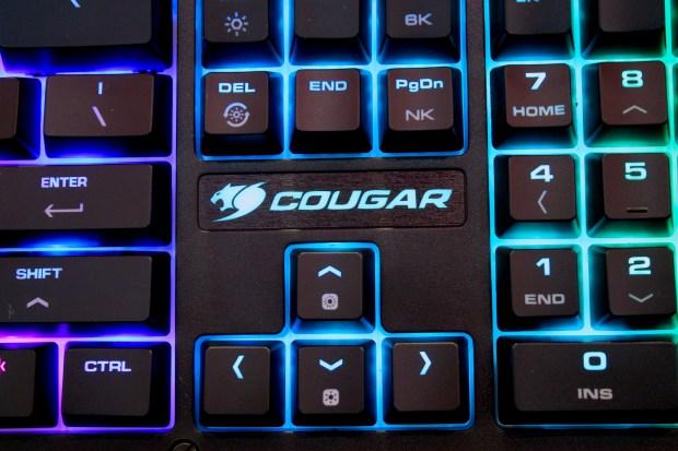 兼具工藝設計的德國 COUGAR 機械式極速銀軸電競鍵盤 IMG_0887-900x600