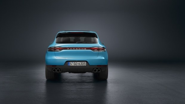 持續進化的猛虎,Porsche Macan 改款質感加成 2019-porsche-macan-blue-02-1
