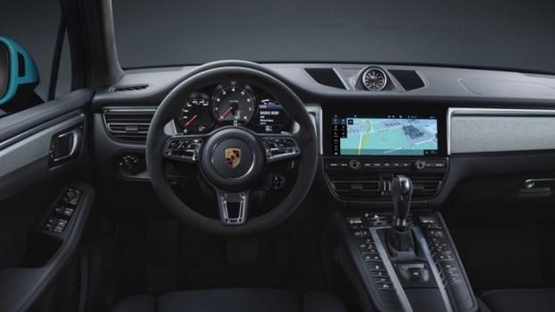 持續進化的猛虎,Porsche Macan 改款質感加成 2019-porsche-macan-blue-09-1