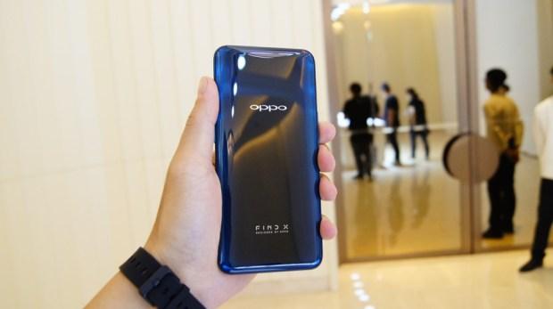 極致工藝完美展現,真正全螢幕手機 OPPO Find X DSC1001