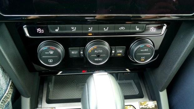 熱血爸爸別亂試,試了就回不去了,VW Passat Variant 380 TSI R-Line Performace IMAG1136