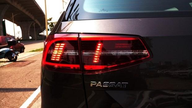 熱血爸爸別亂試,試了就回不去了,VW Passat Variant 380 TSI R-Line Performace IMAG1190_1