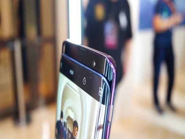 極致工藝完美展現,真正全螢幕手機 OPPO Find X MAH009010002232018-07-30-17-57-18