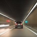 為什麼開快車容易出車禍?「視覺隧道效應」作祟