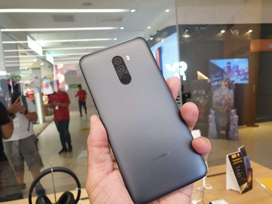 11,000 元就可以買到旗艦手機,POCOPHONE F1 用不到一半的預算輕鬆入手! 20180914_143008